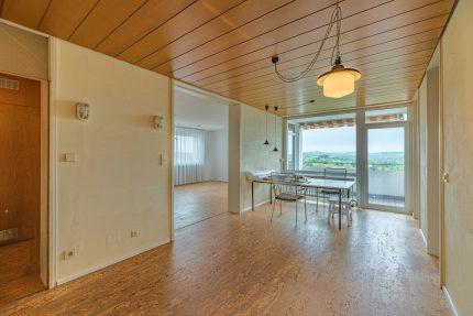 Immobilienmakler vor Ort. Gerne übernehmen wir den Verkauf oder die Vermietung Ihrer Immobilie. Immobilien aus Winnenden, Rems-Murr, Stuttgart & Ludwigsburg. Makler Winnenden